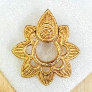 Vintage Givenchy goldtone flower shape clip-ons